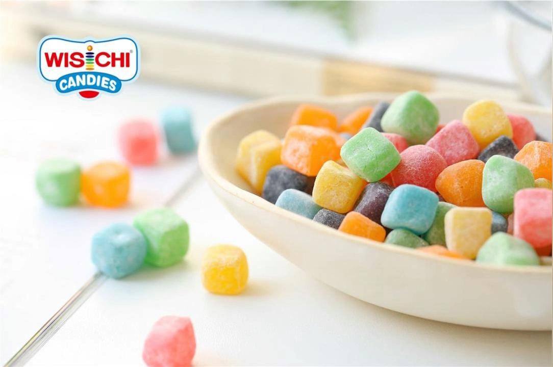Campione libero di alta qualità di forma di cubo di gelatina della caramella gommosa acida mix dolce fruttato gommoso halal caramelle morbide