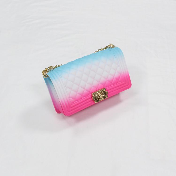 नई आगमन मिनी महिलाओं के हैंडबैग जेली 2020 गर्म बेचने उच्च गुणवत्ता वाले पीवीसी जेली बैग अद्वितीय हैंडबैग के साथ लड़कियों के लिए फैशन हार्डवेयर