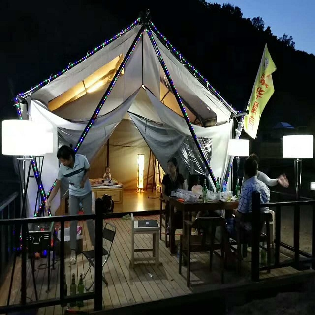 2017 new design luxury resort hotel tent family tent winter hunting tent