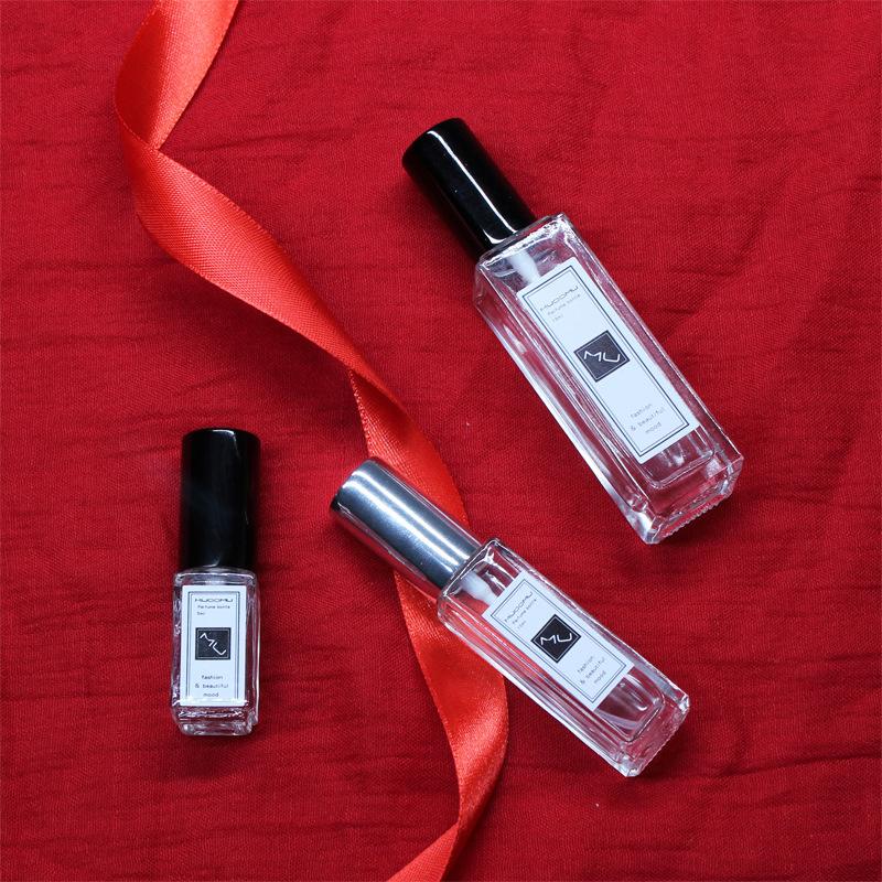 Wholesale Spray Perfume Bottle Transparent Square 5ml 10ml 15ml 30ml Glass Refillable Perfume Glass Bottle