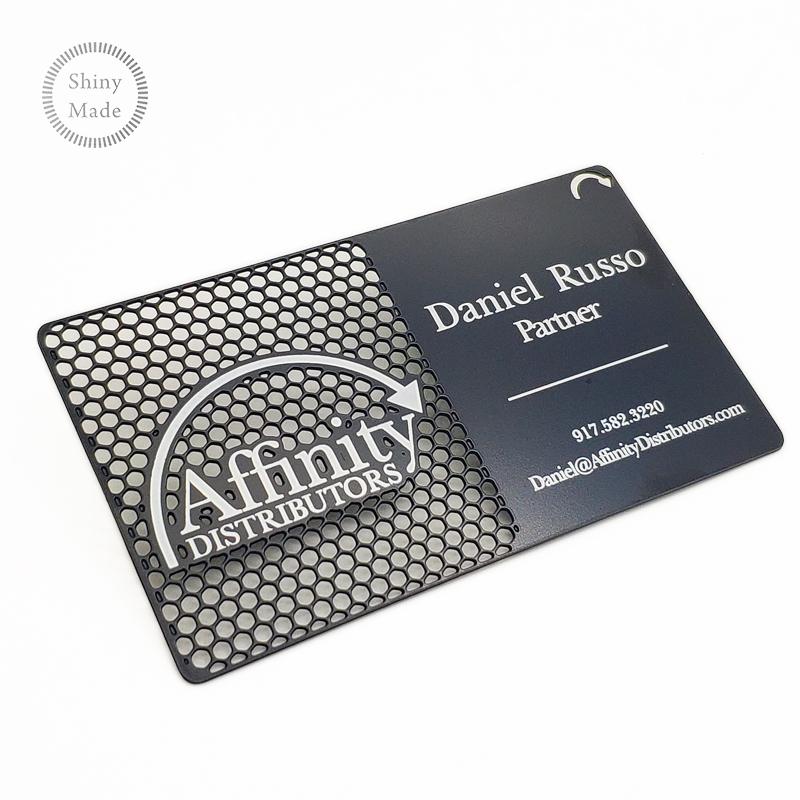 उच्च अंत काले लेजर धातु व्यापार कार्ड के साथ लोगो
