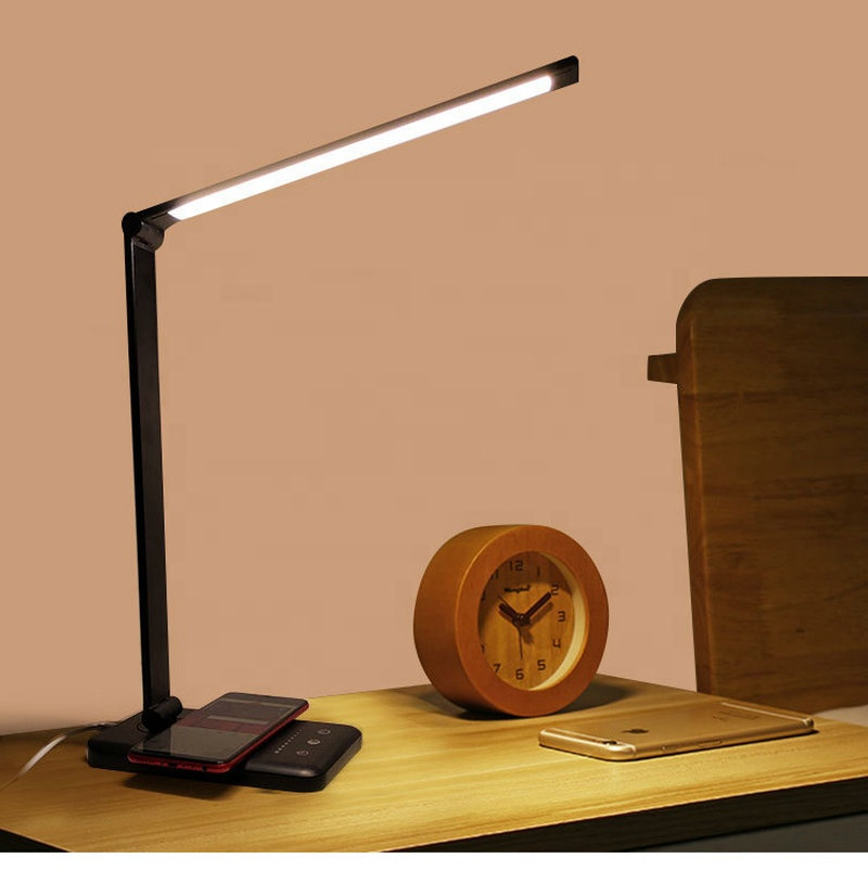 Hot Sell USB Rechargeable Desk Lamp Support Wireless Charging Table LED Lamp Auto Timer 5 Brightness Adjustable Student Lamp