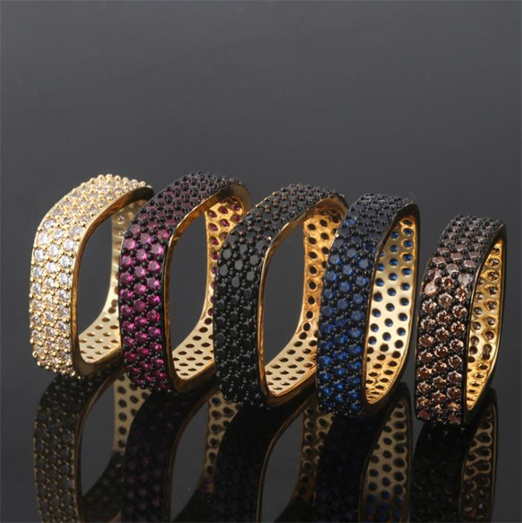 도매 클래식 다이아몬드 포장 CZ 스톤 커플 반지 스퀘어 결혼 반지 여성 맞춤 보석