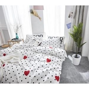 100% cotton new style bedding linen modern bed sets linen sheets duvet cover with red heart delicate pattern for living room