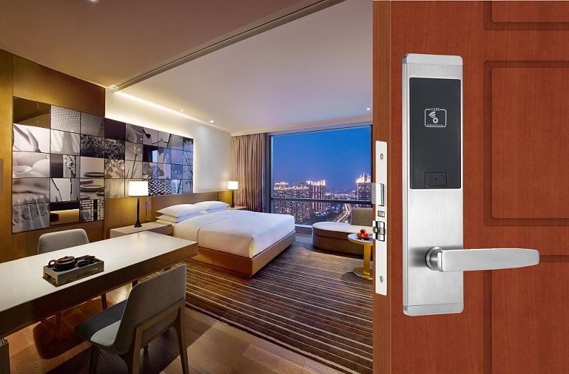 16 years Factory price Rfid hotel lock system digital smart card door lock