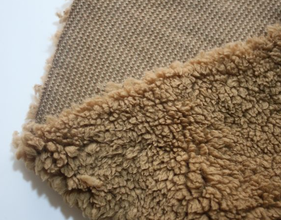 China supplier polyester sherpa fleece fabric for garments