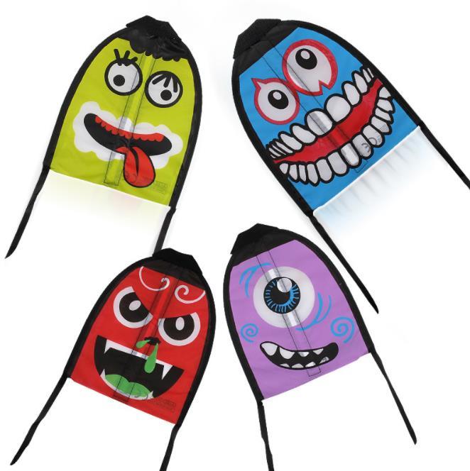 Mini cartoon flying kite children outdoor game mini kite
