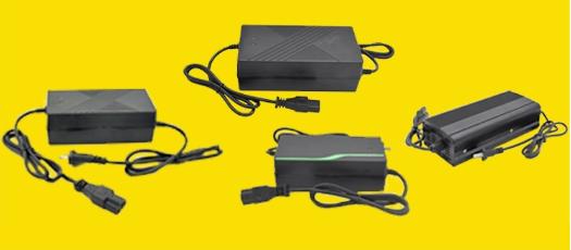 Batteria agli ioni di litio Caricatore per la Bici Elettrica Scooter Alimentazione Balance Caricabatteria Da Auto 60V2A