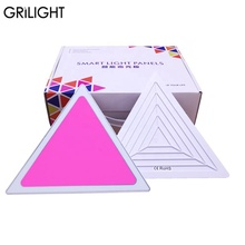 BRICOLAGE APPLICATION Bluetooth musique contrôle intelligent adressable 9 pièces triangle kits magique RVB couleur <span class=keywords><strong>LED</strong></span> <span class=keywords><strong>panneau</strong></span> <span class=keywords><strong>lumineux</strong></span>