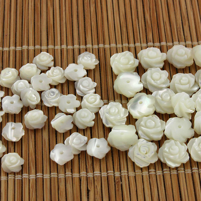 2-100 Pcs Natural MOP Shell Handcarved 3 Petals Bowl Flower Charm Pendant Beads 10mm Center Drilled