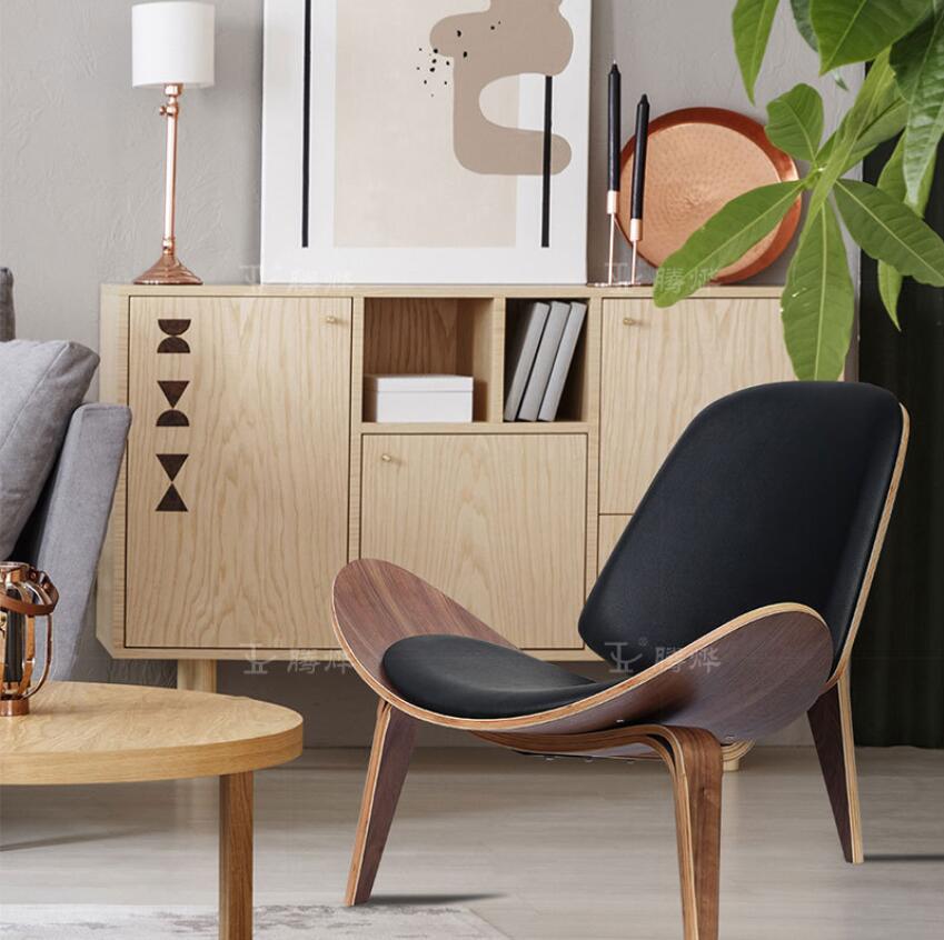 De madera maciza personalizada de cuero de tres leged de sillas