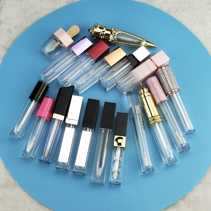 Pick your own colors and customised lip gloss tube liquid glitter clear glossy private label lip gloss low moq