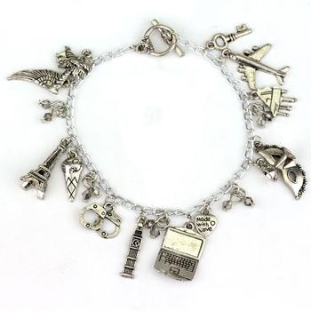 Charm Bracelet Hand Catenary Tie