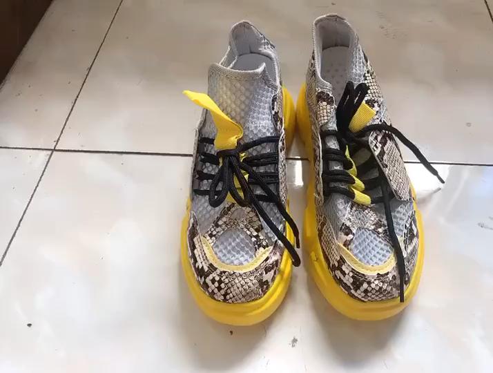 Estampado de serpiente plataforma de punta redonda de-de mujeres zapatillas de suela gruesa plana amarillo zapatos deportivos