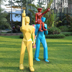 K319D FRP Fiberglass family man and woman figure sculpture red man sculpture escalade man mur sculpture