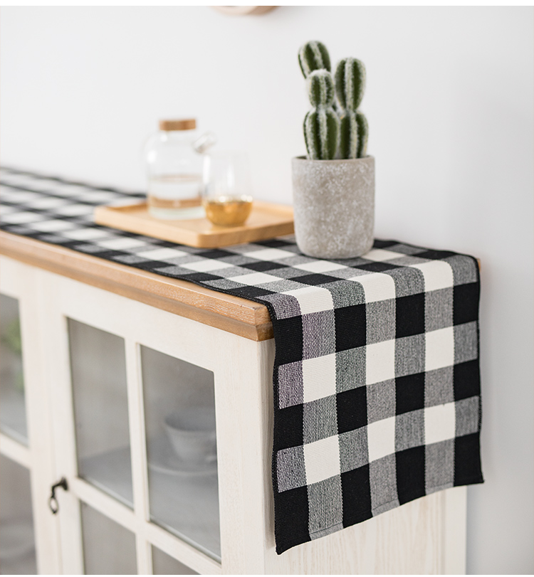 Farmhouse Decorative Table Runner Cotton Buffalo Check Table Runner Table Runner Black/White