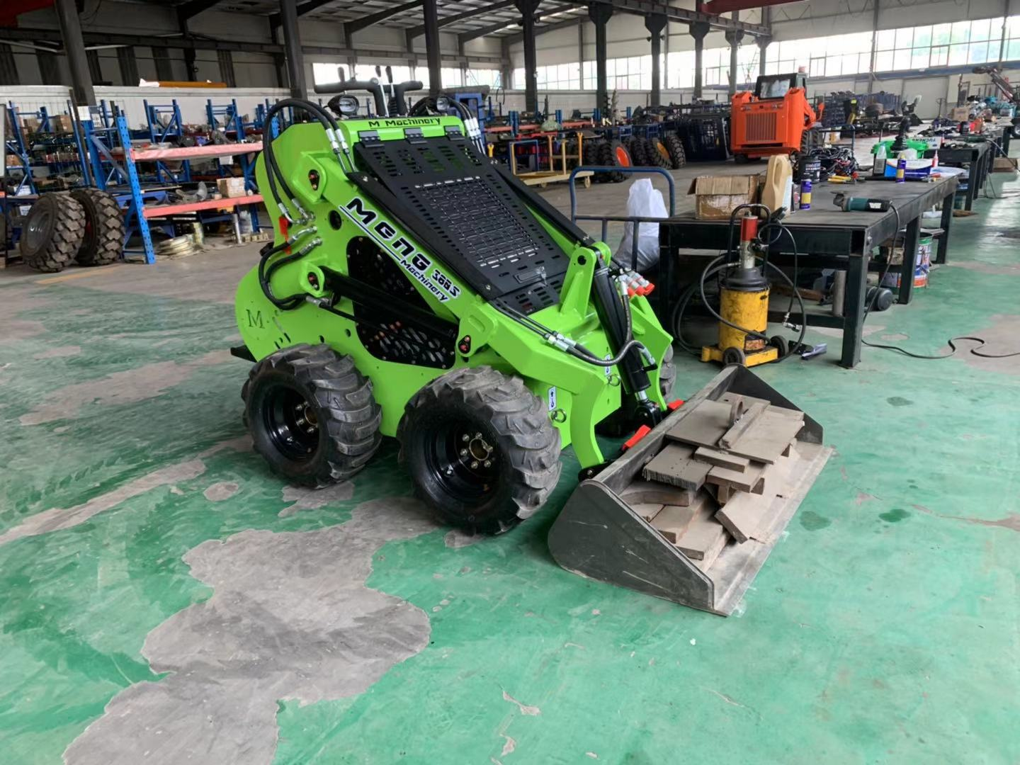 Small Compact Structure Mini Skid Steer Loader For