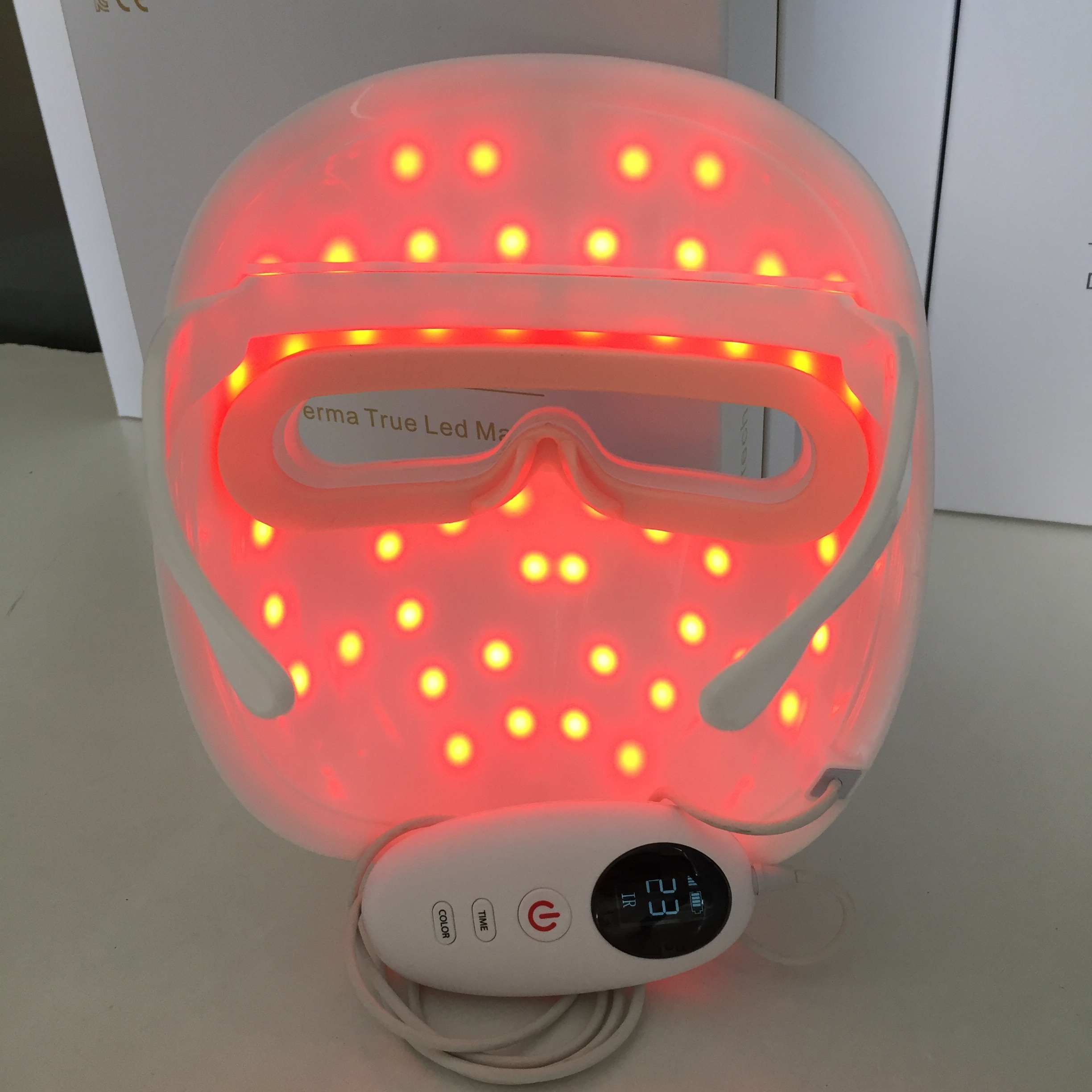 Infrared 850 nm Red light 660 nm Colorful LED Beauty Mask Facial LED Mask OEM ODM Face Mask