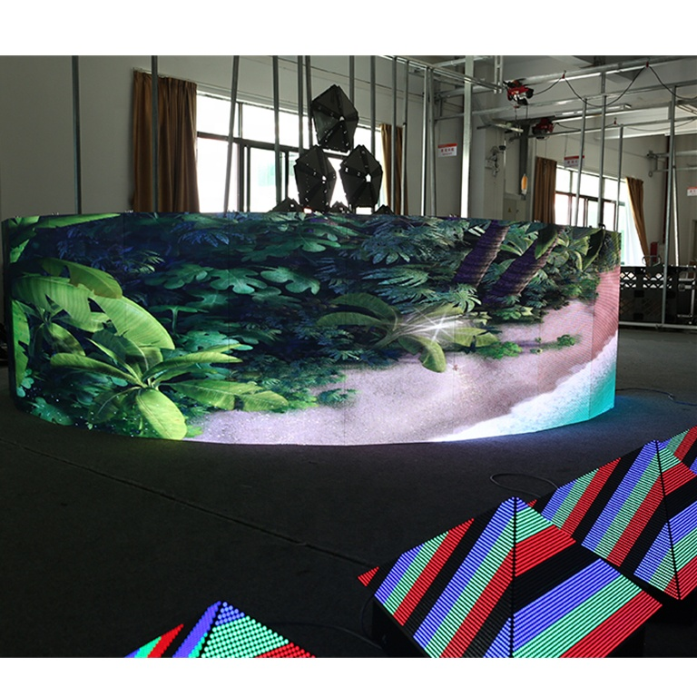 Indoor curve led display and outdoor curved curvable concave mobile screen P6 wall