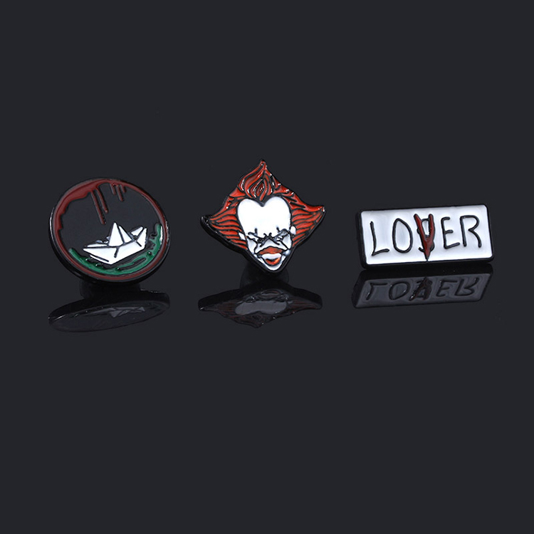 wholesale custom different shape materials emblem  key chains high quality stephen king's It   keyrings with logo
