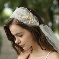 Fashion Bridal Handmade Flower Decorated Beads Bride Long Lace Veil Wedding Veil