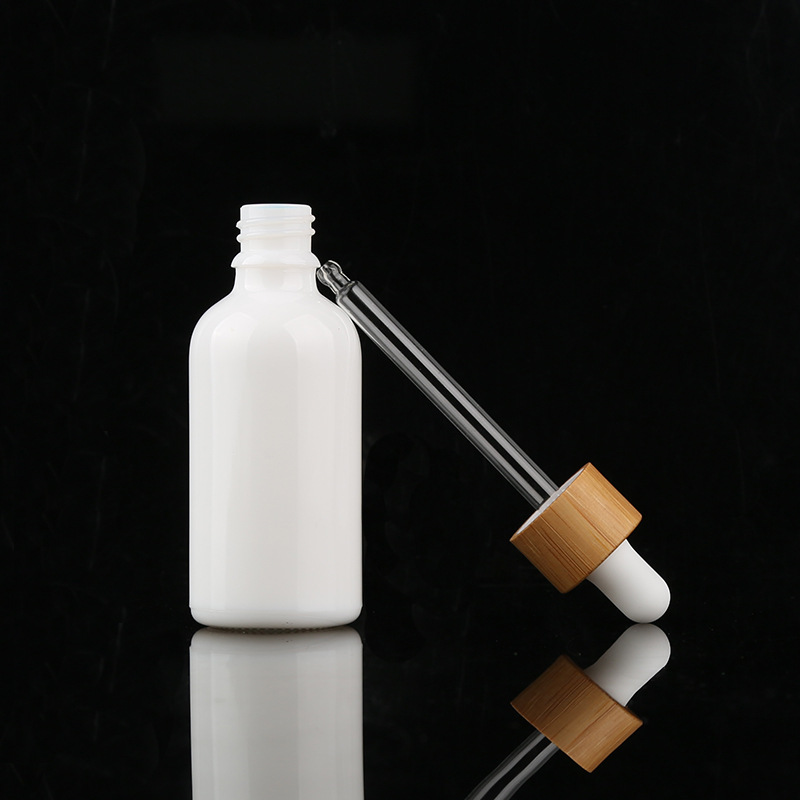 15ml 30ml 50ml 100ml cosmetic clear frosted essential oil glass dropper bottle with bamboo lid