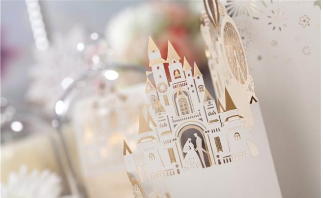 Tarjeta de invitación de boda cortada con láser con impresión de sobre de tarjeta en blanco personalizada