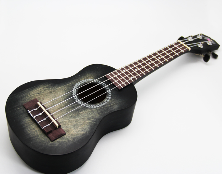 "DF907 21 ""באיכות גבוהה עם עיצוב ukulele 4 מחרוזת עץ גיטרה עם נייר קופסא"