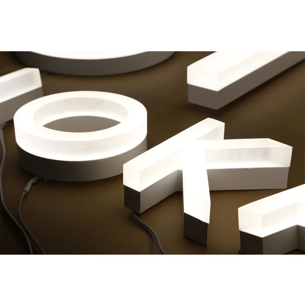 Manufacturer cusomized Outdoor store Company brand logo 3D Led lighted letter electronics sign