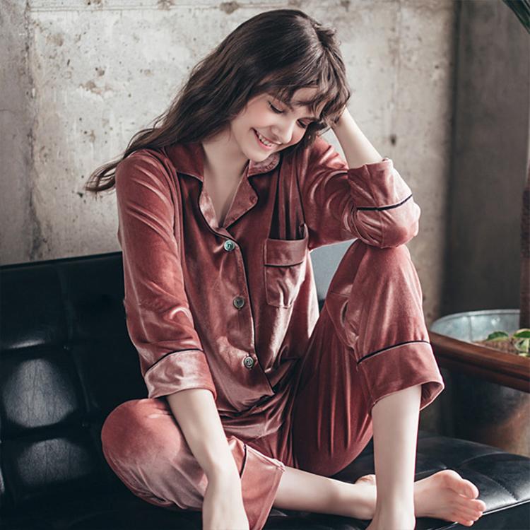 China al por mayor Pijamas de Otoño Invierno Caliente Femme Sexy Pijamas Mujer conjunto de terciopelo con bolsillos
