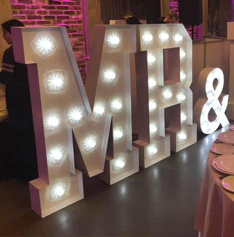 Large Free Standing Letters Wedding 3D Advertising Signs Metal LED Light Giant Love Letters