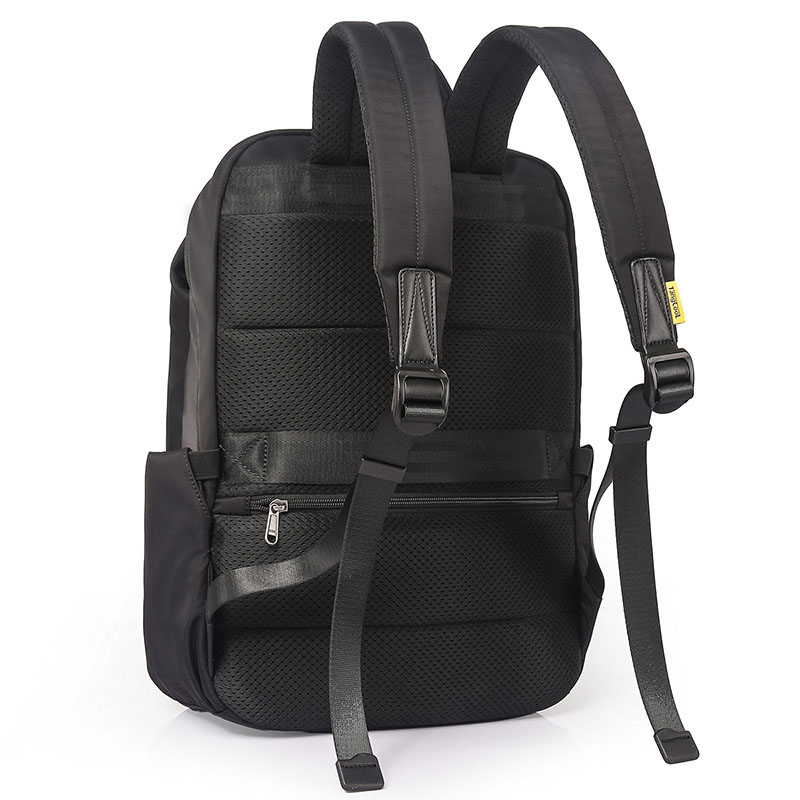 Wholesale Sports Waterproof Backpack Outdoor Travel Customized School Backpack