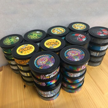 3.5gram pressitin tin wholesale with clear or black plastic top and custom stickers