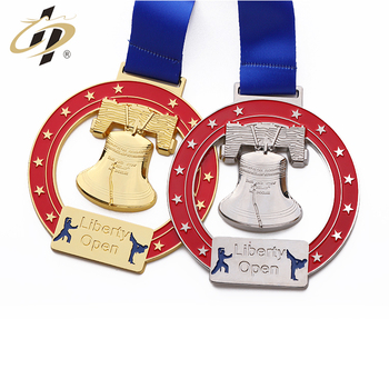 Wholesale cheap custom 3d gold  silver cut out karate sports medals