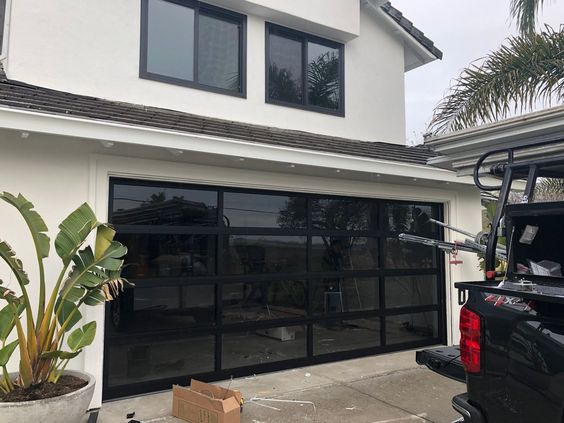 product-8x7 Aluminum alloy frame single tempered glass modern black garage doors-Zhongtai-img-1