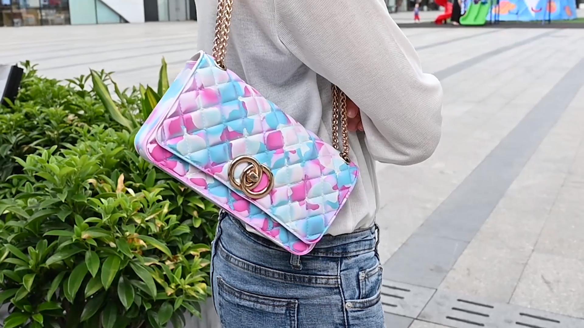 महिला डिजाइनरों पर्स हैंडबैग महिलाओं जेली फैशनेबल फैशन हाथ बैग 2020