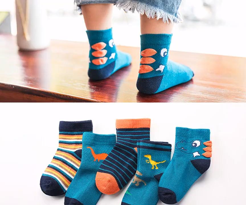 Yüksek kaliteli bebek çorap çocuklar için sonbahar ve kış yeni tasarım bebek çorap Sevimli karikatür çorap