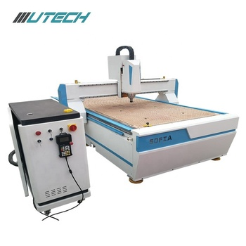 5.5 KW Spindle Wood Door CNC Router for Furniture Industry