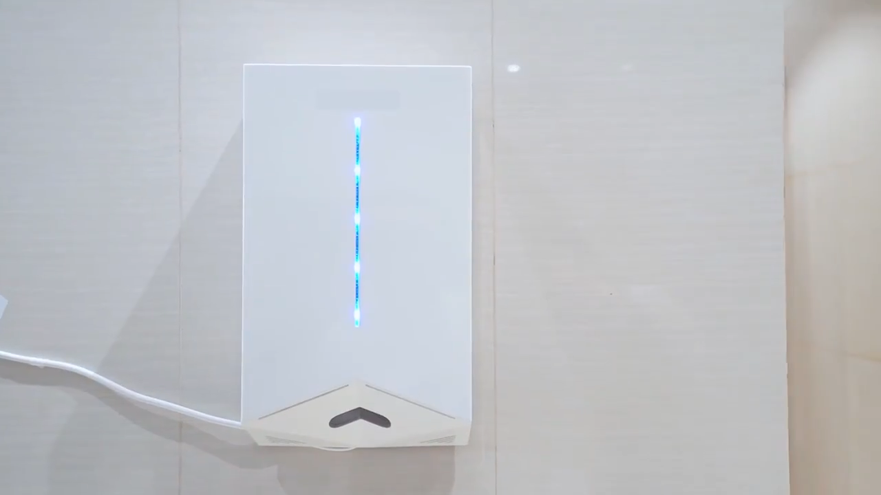 Hot selling unique shape wall mounted sensor electronic auto hand dryer manufacturer