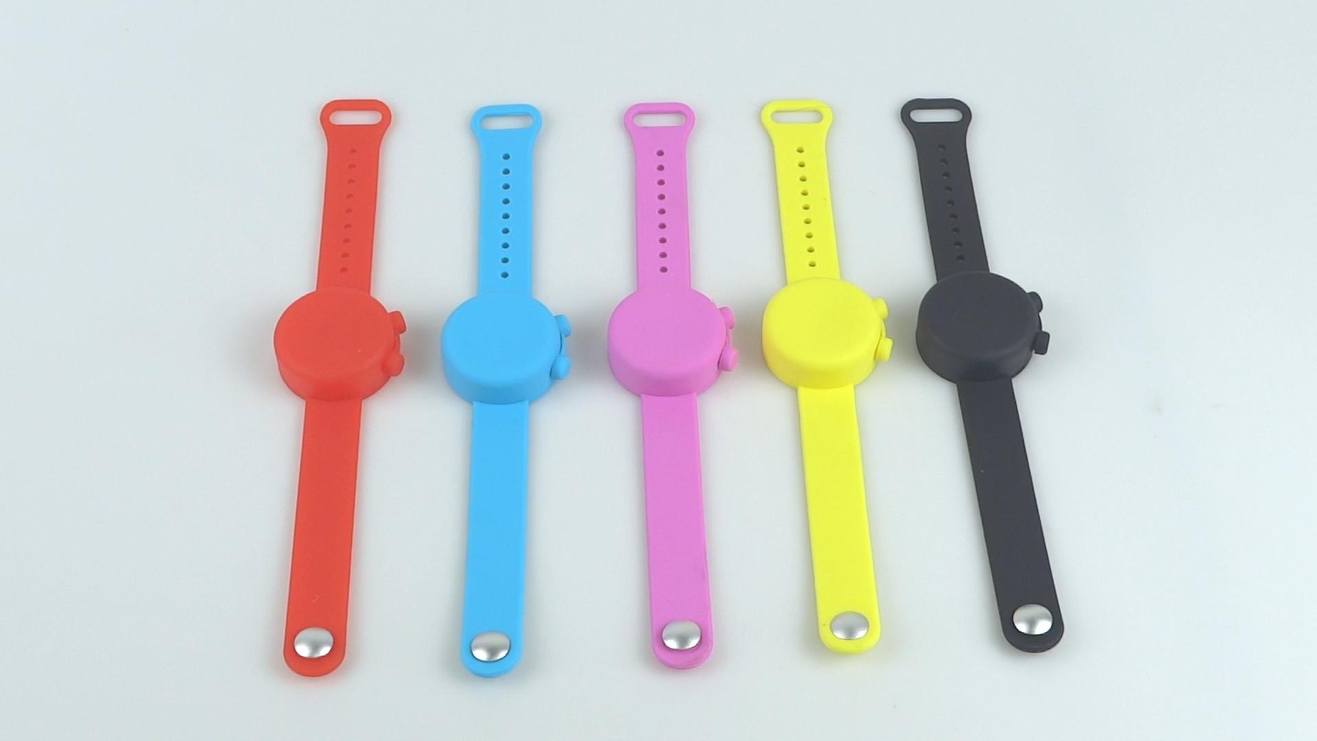 Wholesale Sanitizer Bracelet Children Portable Silicone Watch Mould Bottle Holder Sanitizer Band Pulsera Desinfectante