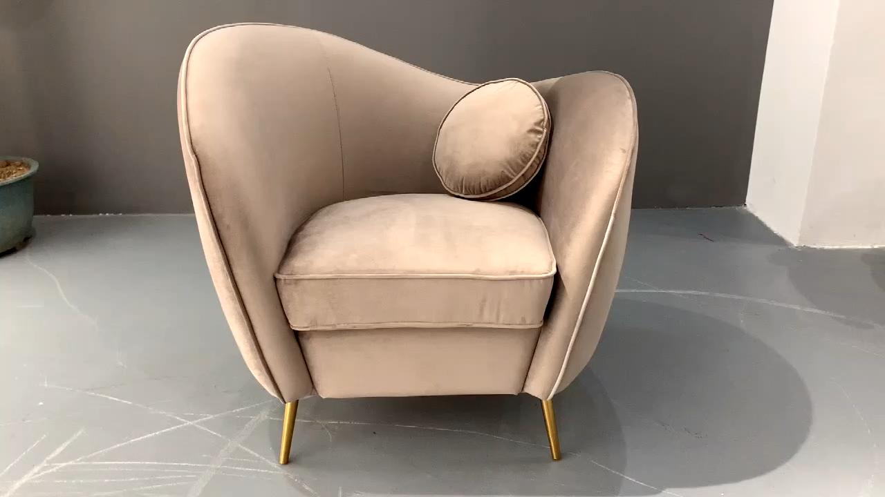 Clásico de terciopelo sofá de tela de Color rosa sala de muebles de Metal de oro sofá de las piernas con cojín