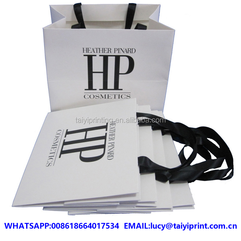 Customized printed paper bags retail