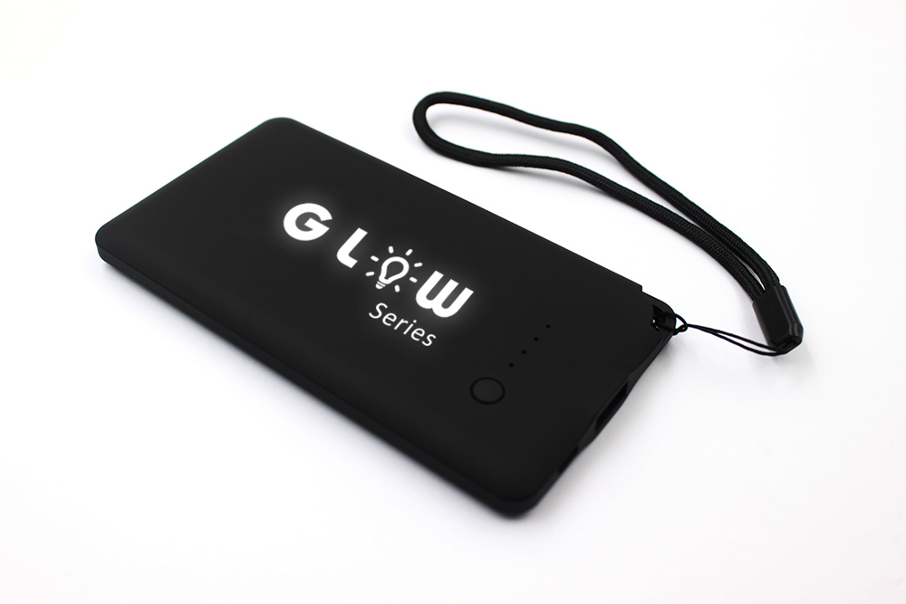 4000Mah Fast Charging Powerbank Portable with light up logo