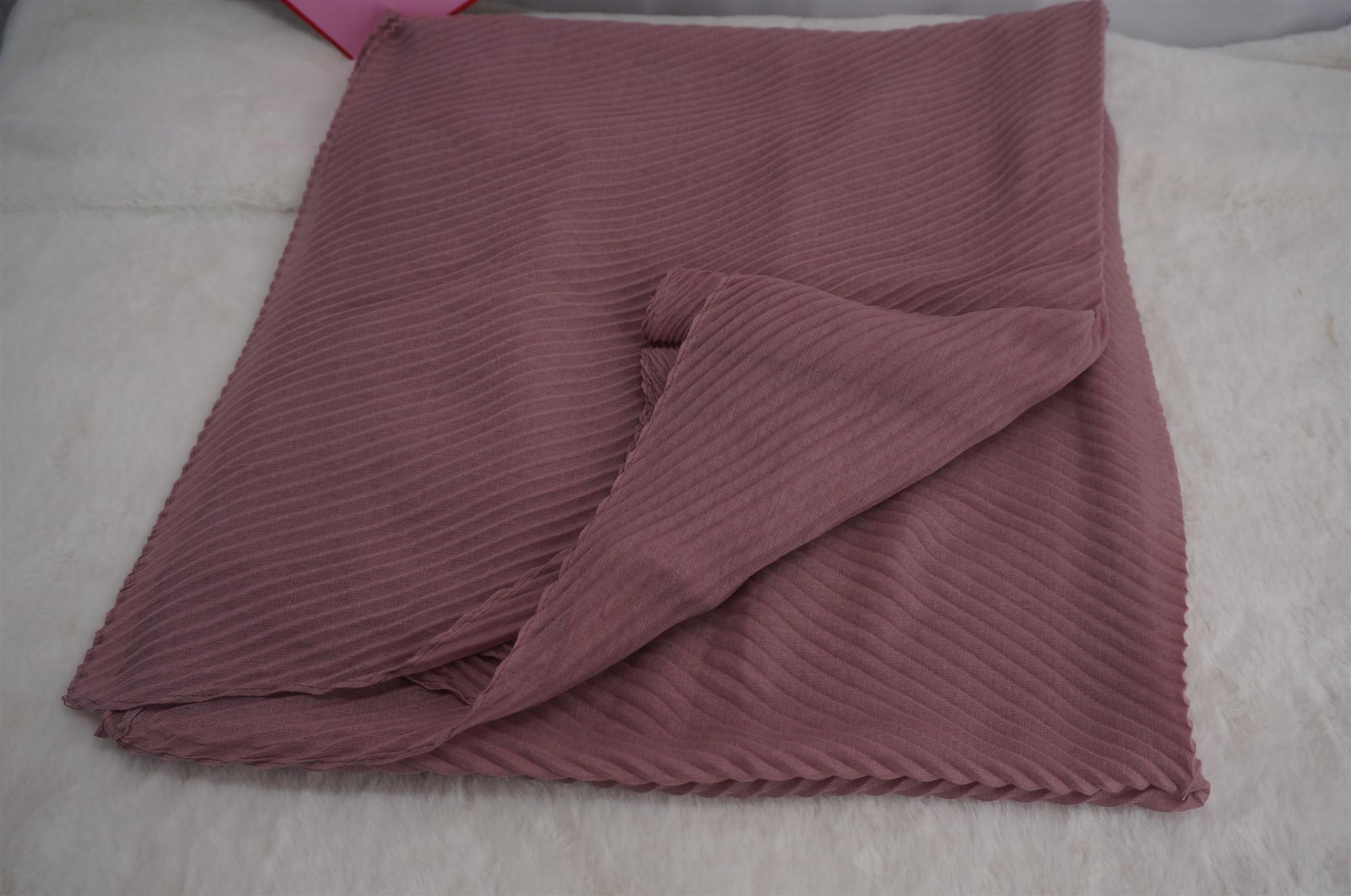 แฟชั่นขายส่งใหม่ยาวนุ่มห่อจีบ Crinkle Maxi ผ้าพันคอ Hijab ธรรมดา Ripple Stripe Premium พรีเมี่ยมเหนียว Crimp Hijabs