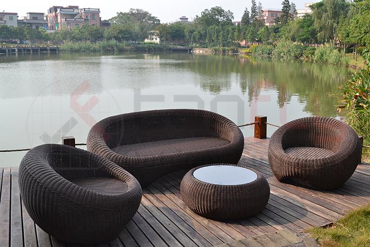 wicker garden sofa set-8.jpg