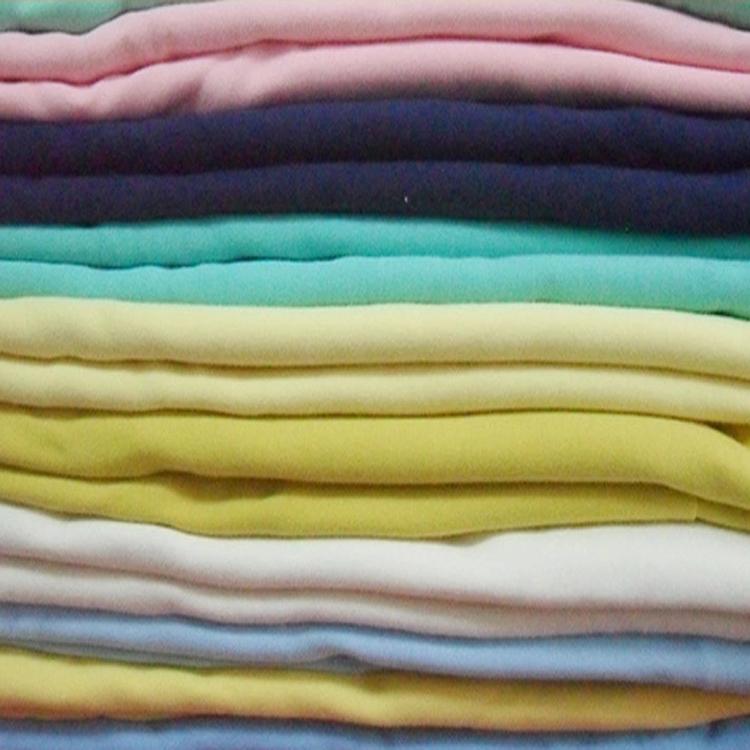 ملابس 32S منسوجة بلون واحد من الجهة المصنعة من الجيرسيه 100% قطن سائب قماش سادة بلون واحد للقميص