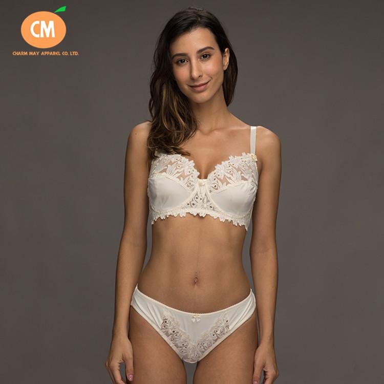 Fancy Beige Lace Lingerie Underwire women big size Bra And Panty Sets