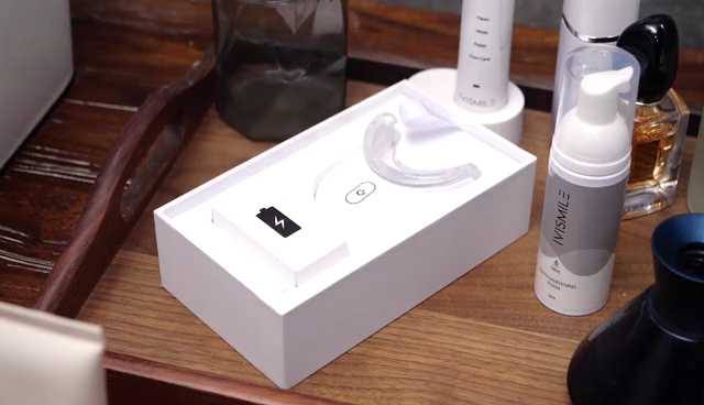 Kustom Kemasan Putih Gigi Whitening Kit Logo Pribadi Mini LED Light Teeth Whitening Kit