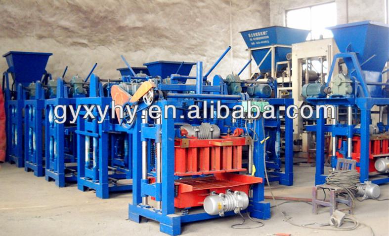 الصين مصنع عرض الطوب جوفاء رصف بلاط الاسمنت الطين ملموسة صغيرة شبه التلقائي كتلة ماكينة السعر في الهند