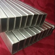 Titanium and titanium alloy square tube